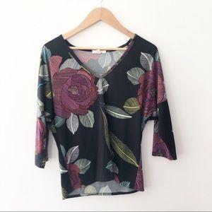 Trina Turk Short Sleeve V Neck Floral Rose Blouse